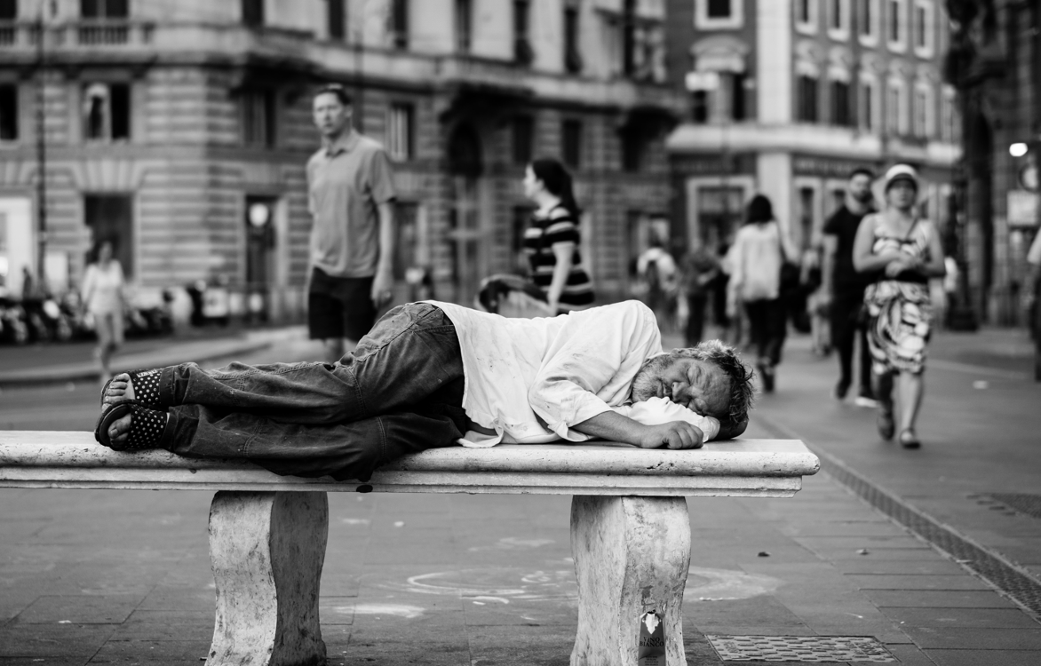 How to break the vicious circle of precariousness?