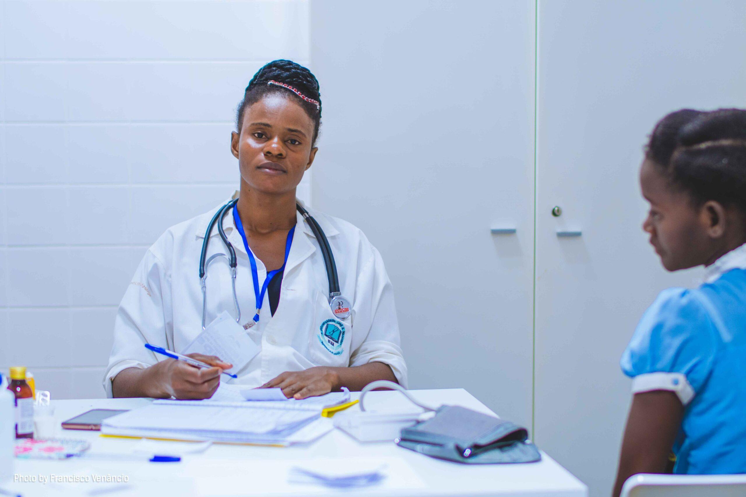 Un accès aux services de santé pour tout le monde !